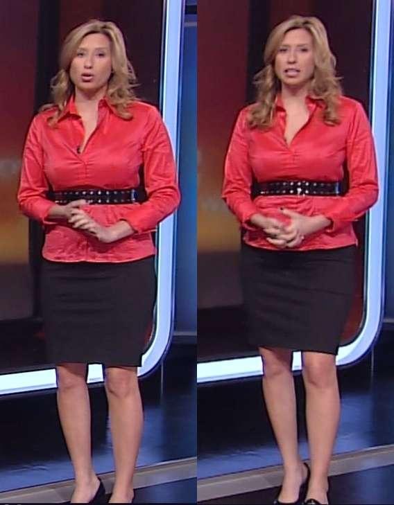 Stephanie Abrams legs